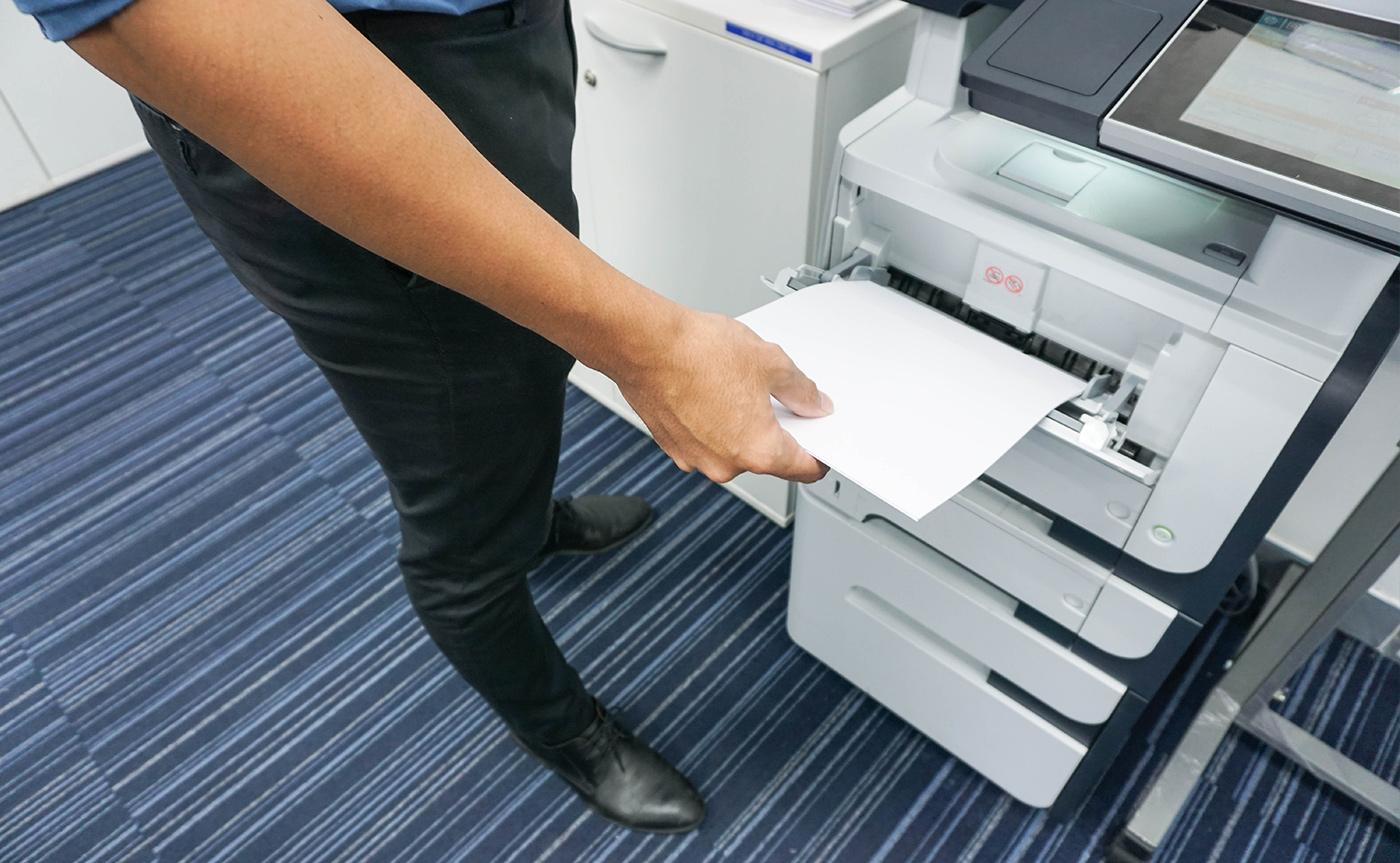 Como o outsourcing de impressão no setor público reduz custos